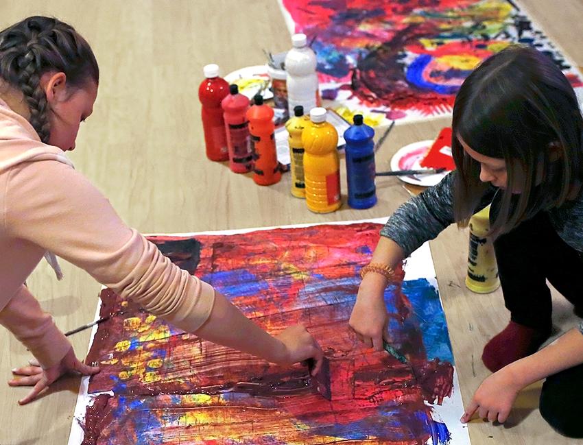 Luovan taiteen taidepajat kotiin - Luovuuspaja Keinu